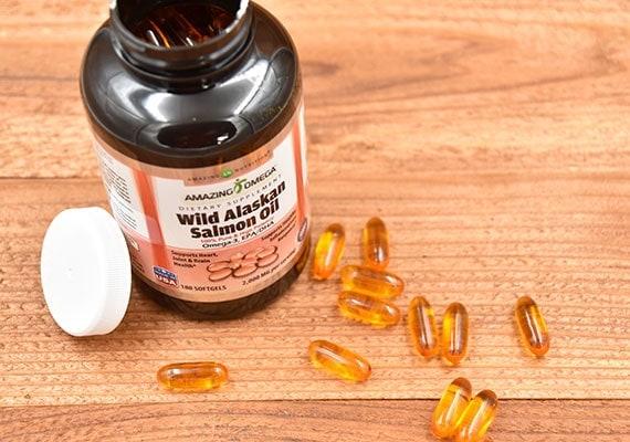Amazing Omega Wild Alaskan Salmon Oil winner of best salmon oil pills for dogs