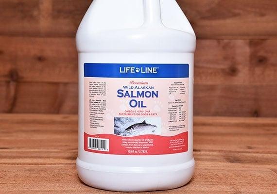 Bottle of life line wild alaskan salmon oil winner of best bulk salmon oil for dogs
