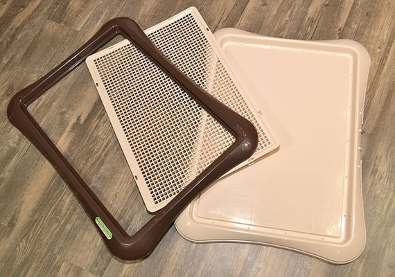 Grate, lid and base of richell paw trax mesh training tray