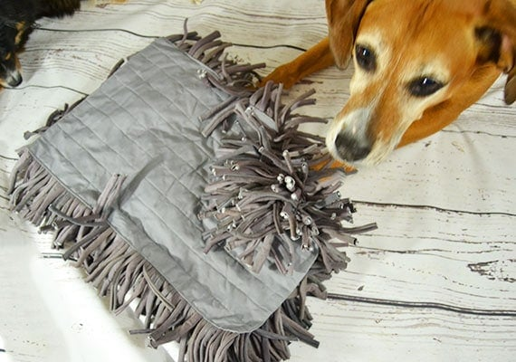 Non-slip underside of paw5 wooly snuffle mat